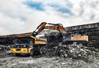 XCMG XDM80 se utiliza en un sitio de construcción minera. (PRNewsfoto/XCMG)